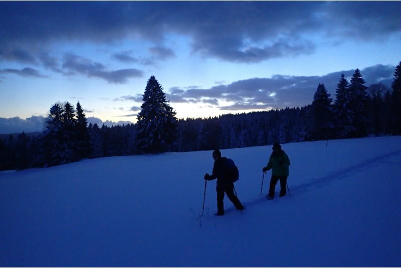 Nächtlicher Ausflug mit Schneeschuhen
