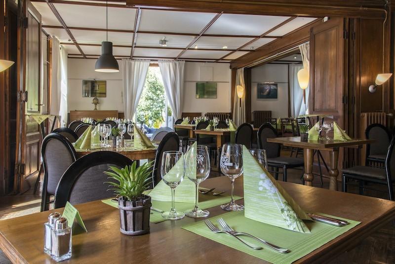 Restaurant des Hôtels de l'Aigle im Couvet